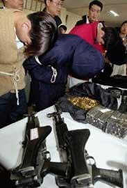 총기구입'아무나' 범죄악용'어쩌나'