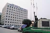서울시 교육위, 교육계 '태풍의 눈'