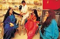 인도 여성들 '흰 피부 과대 집착증'