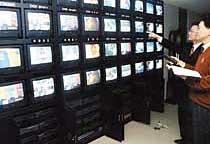 위성방송 파행 아무도 책임 없다?