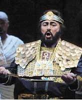 '테너의 왕' 파바로티, 은퇴하나