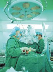 최소 상처 척추수술 회복 빨라 대만족