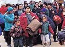 """동유럽 난민 """"체코는 희망의 나라"""""""