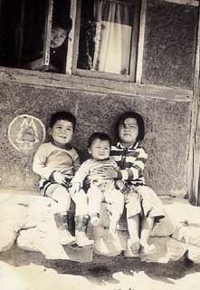 3남매와 구경꾼