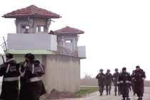 인권 사각지대 터키 감옥 '죽음의 단식 행렬'