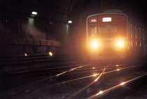 위험천만! 지하철 線路 전환기