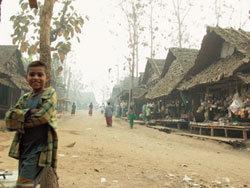 카렌족 난민촌의 '코리안 천사들'