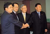 시험대 오른 '김중권 민주당'