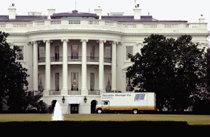 """난장판 된 백악관… 새 입주자들 """"이럴 수가"""" 外"""