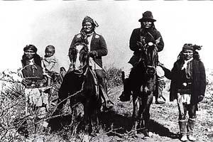 """美 대륙 인디언들 """"우리 땅 돌려다오"""""""