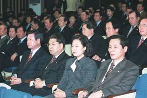 좌절 냉소, 민주당 무기력증 '위험상황'