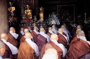 불교 장례법 바꾼 '수덕사 쇼크'