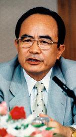 김덕홍 씨 訪美 '인권위의 고민'