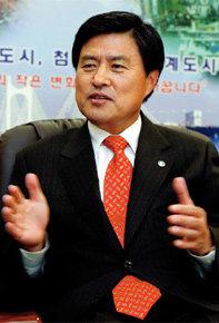 """""""부산 도약 발판, 이젠 올림픽 유치"""""""