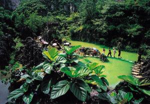 神이 감춰둔 정원 中 황궈수 폭포