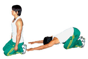 유연성 키우고 근육통 예방 '어깨 스트레칭'