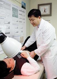 녹즙으로 암 치료하는 대전대 한의학과 유화승 교수