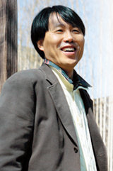 세상 포용 '행복경제학' 전도사