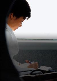 박근혜, 李와 李 놓고 아직 저울질?