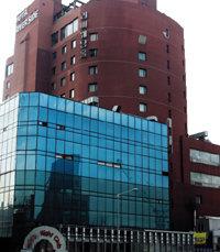 끝없는 소유권 다툼의 '복마전 호텔'