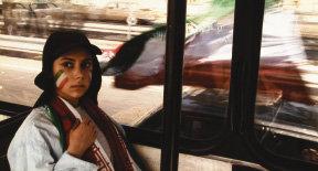불평등과 억압 딛고 여성들 전진