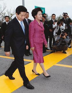 북한, 미인계 노리다 금강산 도발?