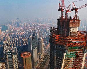 """""""흔들리는 중국, 투자 매력은 여전"""""""