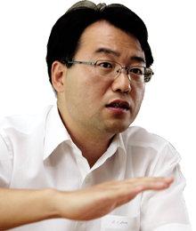 """""""빚으로 쌓은 '주택버블' 붕괴 불가피"""""""