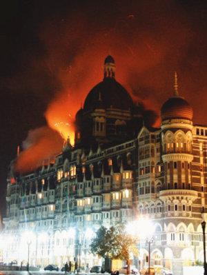 인도 테러업계 성차별 없애기?