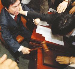 국회, 미디어법 직권상정으로 또 파행 등