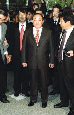 '박연차 검찰', 천신일 회장만 처벌하나