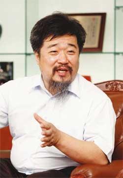 """""""남산의 아픈 역사도 후대에 남겨주자"""""""