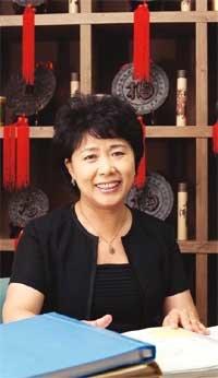 中 판사 출신, 가정법원서 통역자원봉사