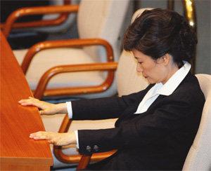 개헌 '꽃놀이패' 쥔 MB, 일단 勝!