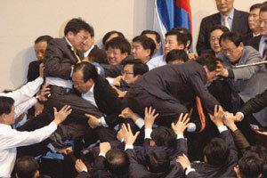 한국정치, '게임의 룰'이 계속 흔들린다