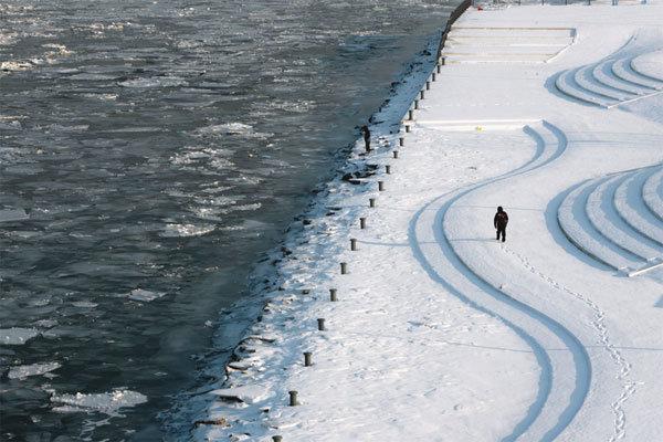 숨죽인 눈과 얼음의 나라