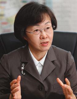 """""""약자도 경제도 기 살려 강남구 자존심 회복할 것"""""""
