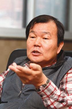 """""""축산 청정국 무너지면 한우산업도 끝장납니다"""""""