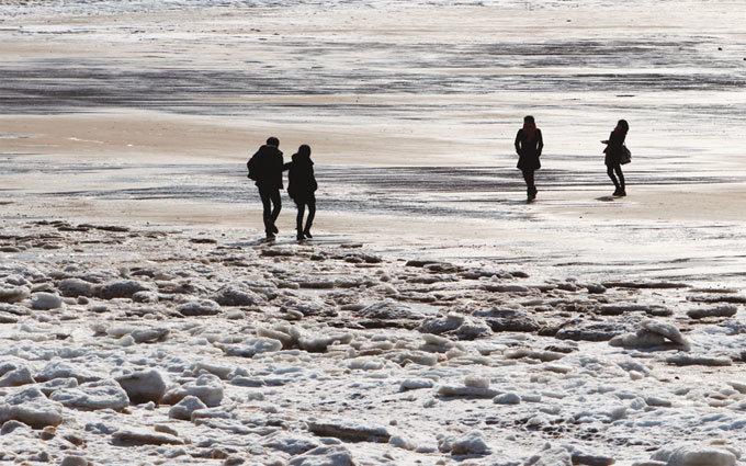 바다는 얼어도 청춘은 뜨거워!