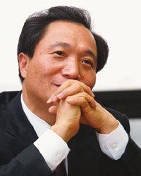 """""""만남 요청 교통정리 곤혹스러워…경선 패배 반복은 없다"""""""