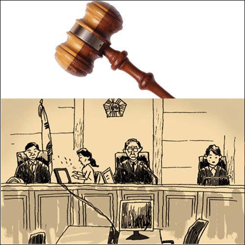 소문난 검사 집안 간 소송, 냉정한 판결