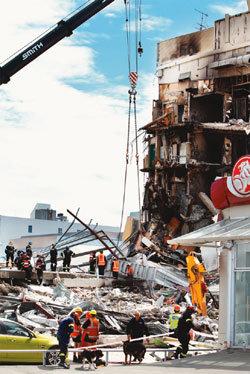 지진으로 더 단단해진 '형제국 우애'