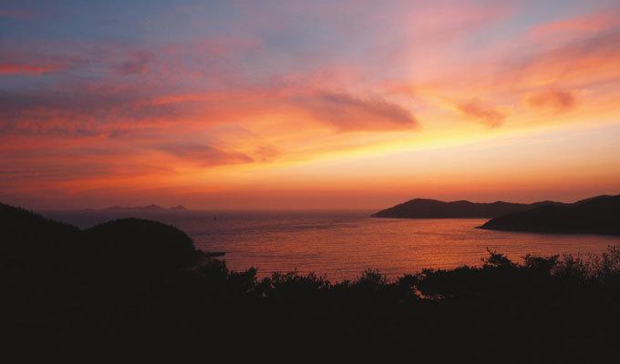 비조봉 정상에 오르니 인천 앞바다 섬이 한눈에