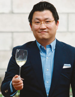 '와인과 사람' 펴낸 이준혁 소믈리에