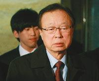 박희태 국회의장 '돈 봉투' 부메랑 맞다 外