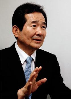 """""""이해찬-박지원 연대 정권교체에 도움 안 된다"""""""