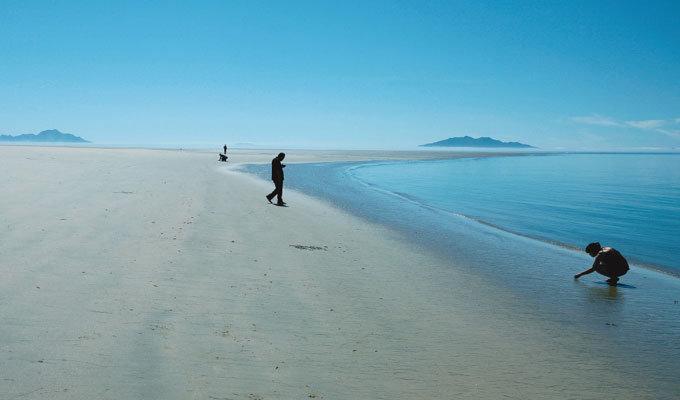 100% 모래밭 '풀등' 바다가 내준 놀이터