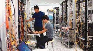 유무선 통신장비 강자 LTE 시대를 이끈다