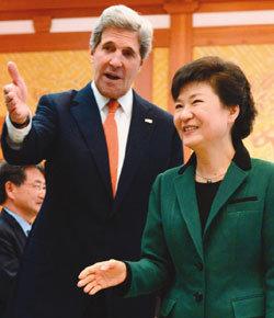 '북핵 골칫거리' 해법 제각각