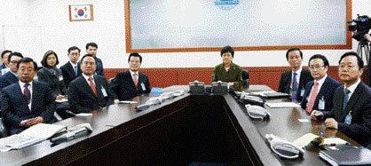 김장수-남재준 '내 사람 내 곁에'